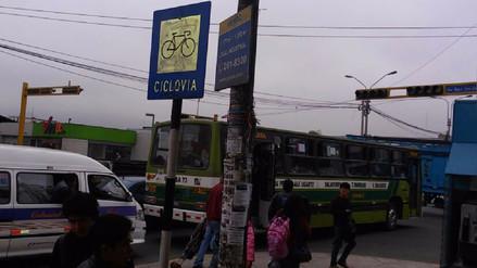 Semáforos malogrados causan caos vehicular en diferentes zonas de Lima