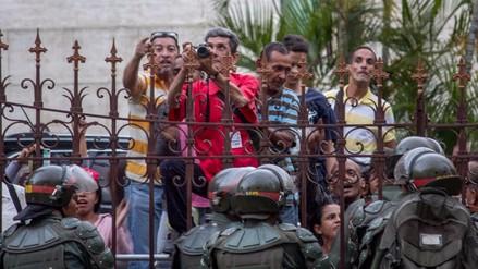 La oposición denunció ataques armados contra el Parlamento de Venezuela