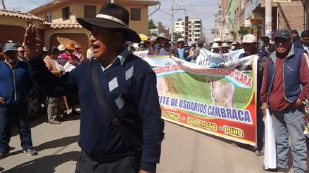 Productores de quinua rechazan celdas para basura en el sector Cambraca