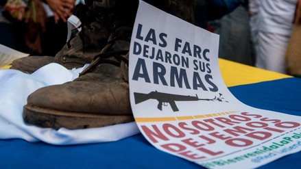 """Exfiscal de Colombia: """"Es más fácil parar los fusiles que consolidar un proceso de paz"""""""