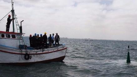 Pescadores buscan cuerpo de joven desaparecido en mar de San José