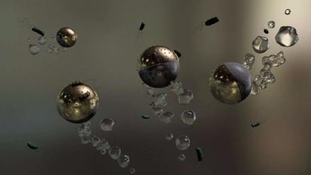 Diseñan microrobots que eliminan bacterias contaminantes del agua