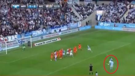 Yoshimar Yotún anotó un golazo de tiro libre en el triunfo del Malmö