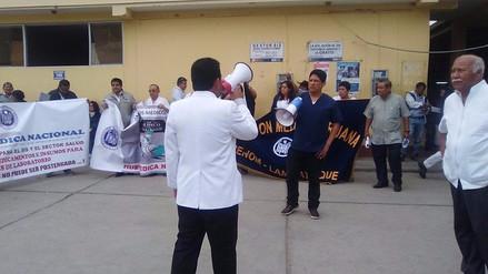 Médicos de hospitales lambayecanos acatan huelga nacional al 100%