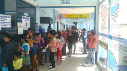 Hospital La Caleta dejó de atender a 300 personas por huelga médica