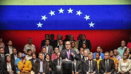 La oposición venezolana impulsa un referéndum sobre la Constituyente
