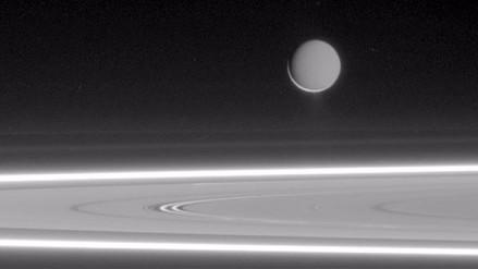 Encélado, el satélite de Saturno, contiene metanol