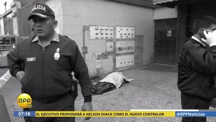 Matan a puñaladas a un cuidador de carros en Los Olivos