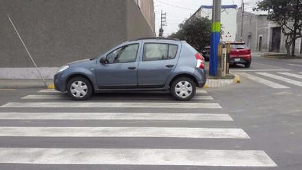 Conductores no respetan las normas de tránsito en Lima