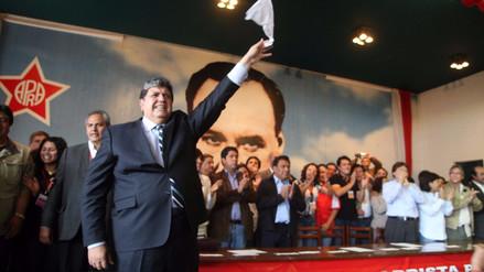 Alan García fue elegido presidente del partido en congreso aprista