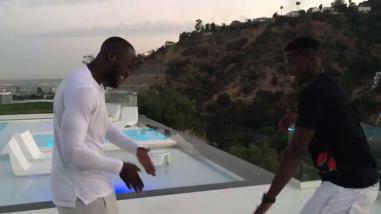 Pogba da la bienvenida a Lukaku al Manchester United con divertido baile