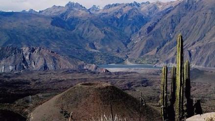 Representantes de Unesco sobrevolaron valle de los volcanes de Andagua