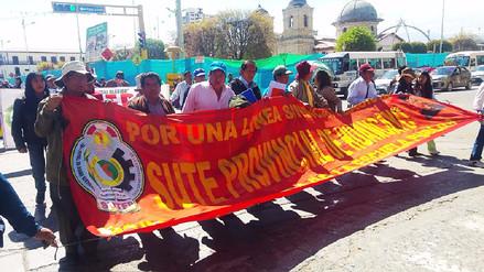 Huancayo: más de mil docentes marchan en inicio de huelga indefinida