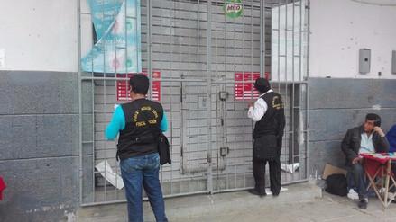 Clausuran ocho locales comerciales por incumplir normas de seguridad