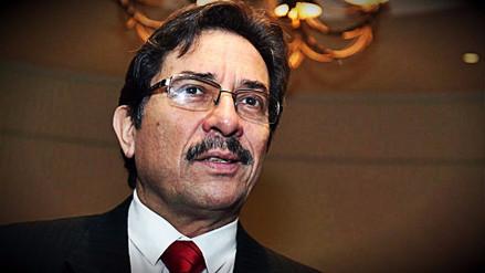 Comisión de Fiscalización citará de grado o fuerza a Enrique Cornejo