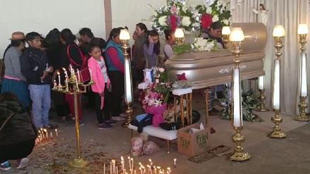 Familiares velan los restos de niña que fue violada y asesinada en Huancayo