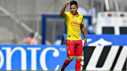 Raúl Ruidíaz viajó a EE.UU. por el Balón de Oro de la Liga MX