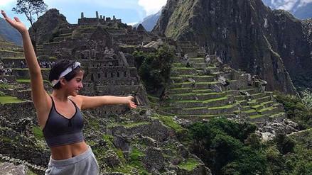 Isabela Moner llega a Perú para reencontrarse con sus familiares