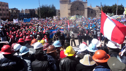 Trabajadores mineros anuncian huelga indefinida desde el 19 de julio