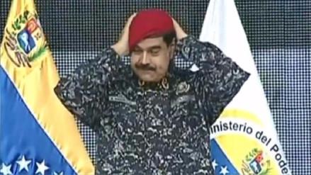 Maduro tras probarse el nuevo uniforme de Policía: