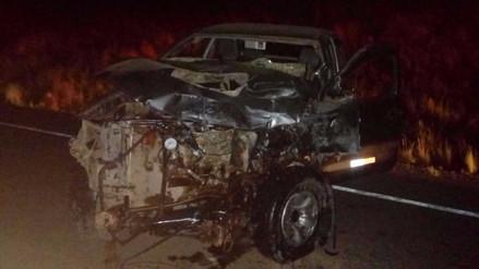 Un muerto dejó choque frontal de vehículos en vía Arequipa – Juliaca