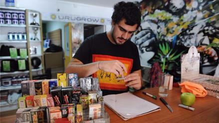 Uruguay comenzó a vender marihuana para uso recreativo en farmacias