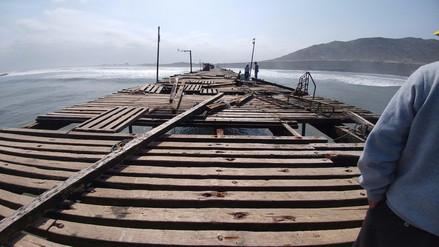 Plantean restricciones por mal estado de muelle de Puerto Eten