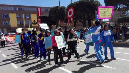 Juliaca: estudiantes marcharon en respaldo a sus profesores en huelga