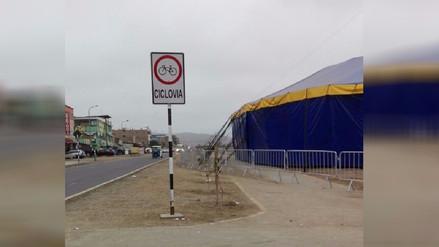 Circo por Fiestas Patrias invade ciclovía en Villa El Salvador