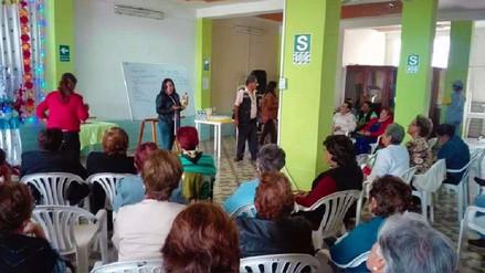 Chiclayo: capacitan a adultos mayores en temas de emprendimiento empresarial