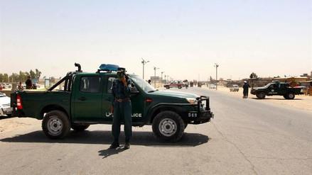 Un bombardeo de EE.UU. mató por error a 16 policías afganos