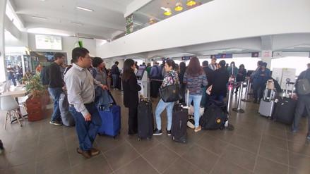 Vuelos de Chiclayo-Lima suspendidos tras impacto de ave con avión
