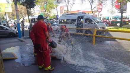 Bomberos inspeccionan hidrantes de la ciudad de Arequipa