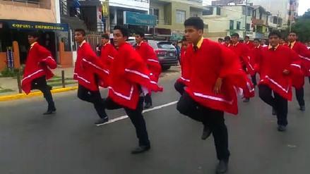 Escolares participaron de desfile por Fiestas Patrias en Trujillo