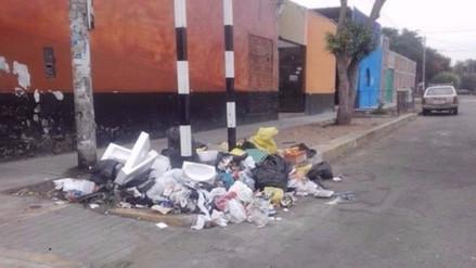 Aplican primeras multas por arrojo de basura en José Luis Bustamante y Rivero