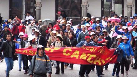 El Gobierno de PPK afronta dos huelgas a días de Fiestas Patrias