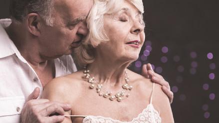 Derribando mitos sobre la sexualidad en adultos mayores