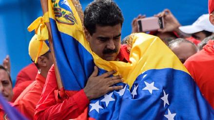 Maduro llama a diálogo pero la oposición pide tomar todas las calles