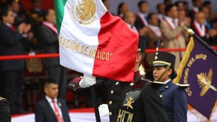 Así fue el paso de las delegaciones extranjeras en la Parada Militar