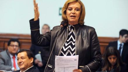 Luisa María Cuculiza continúa bajo cuidados intensivos