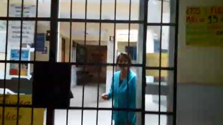 Investigan a enfermera que no quiso atender a paciente herido