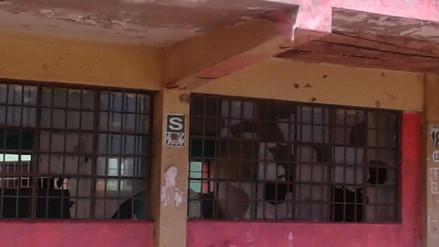 Colegio en mal estado preocupa a docentes y padres de familia en Villa El Salvador