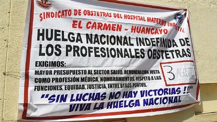Más de mil 800 obstetras inician una huelga indefinida en Junín