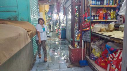 Colapsa red de desagües en el Mercado Central de Chiclayo