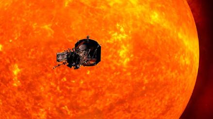 ¿Por qué la atmósfera solar es más caliente que su superficie?