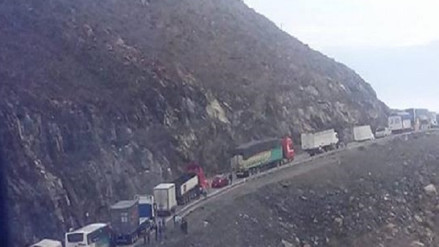 Unos 300 vehículos varados en la carretera por cambio de horario