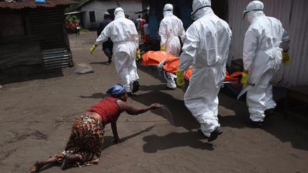 Hombres que sufrieron de ébola siguen siendo contagiosos hasta después de dos años