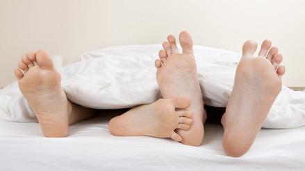 Más que amor. Las parejas intercambian poblaciones de bacterias