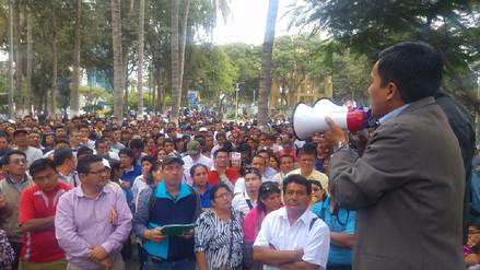 Maestros de Piura continúan con huelga indefinida