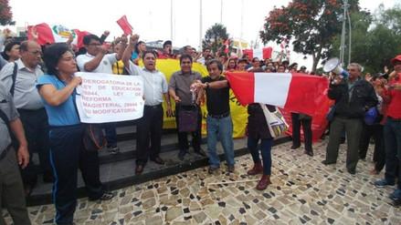 Profesores de San Martín y Tocache iniciarán huelga indefinida